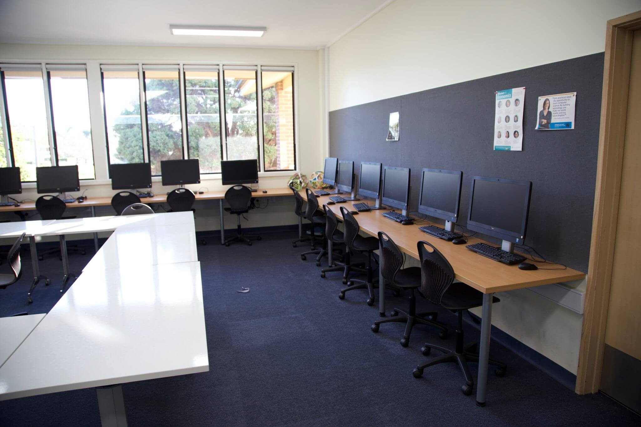 IT school classroom with desktop computers