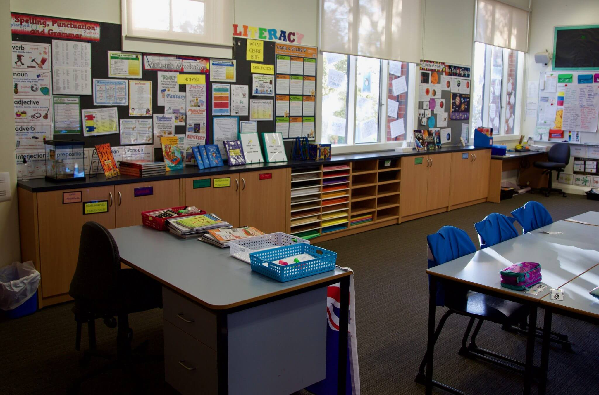 Melbourne classroom fitout with custom built credenza & storage